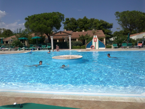 la piscina dell'Eden Village